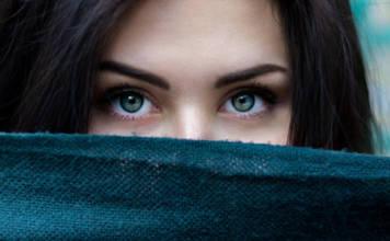 Makijaż brwi - co to oznacza?