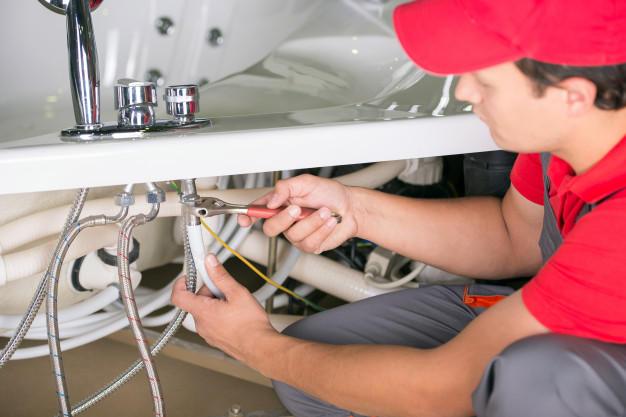Usterki w instalacjach solarnych – przyczyny i zapobieganie